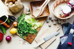 Fructe și legume pline de pesticide. Aceste sunt cele mai nesigure alimente pentru consum!