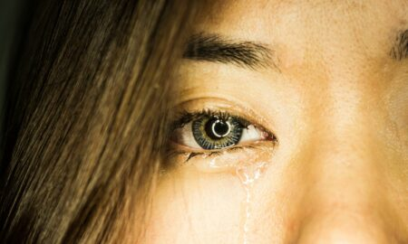 Șoc în Brazilia! Plânge cu lacrimi de sânge și doctorii nu își pot explica fenomenul. FOTO ÎN ARTICOL