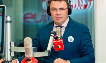 """A renunțat """"DEFINITIV"""" la presă, timp de nouă luni. Moise Guran, din nou la Europa FM"""