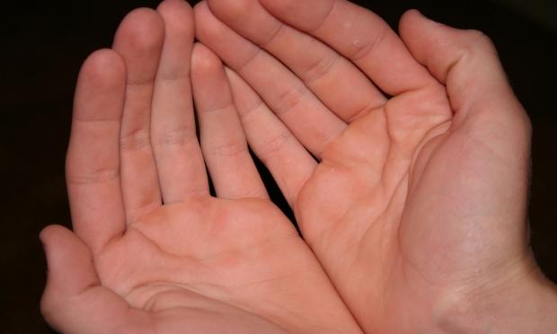 """Ce ți-e scris, în mâini ți-e pus! Mihai Voropchievici, despre """"citirea"""" liniilor din palmă"""
