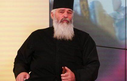 """Aveți necazuri și greutăți? SFATUL unui preot ortodox: """"Spuneţi AȘA: Doamne..."""""""