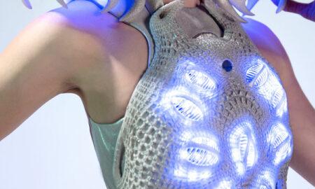 Moda SF! A fost inventată rochia care arată ce gândești