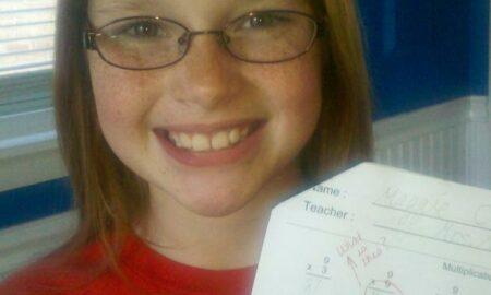Cât fac 9 X 9? O fetiță a devenit celebră după ce a rezolvat un test la matematică