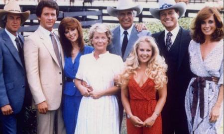 Vă mai aduceți aminte de Victoria Principal, din Dallas? Iata ce s-a ales de frumusețea anilor '80