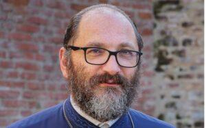 """Părintele Constantin Necula: """"În dimineața în care Sfinții și oamenii lor părăsesc Țara nu veți mai avea Țară"""""""