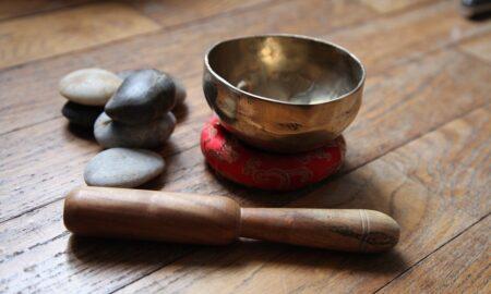 Leacuri antice care vindecă zeci de boli. Bicarbonatul de sodiu și uleiul de ricin, la fel de eficiente ca pastilele