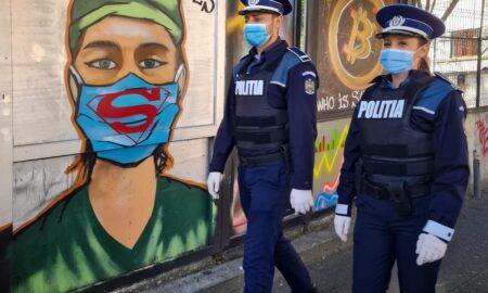 """Marcel Vela: """"Nu toți eroii poartă pelerină!"""" Unii poartă mască"""