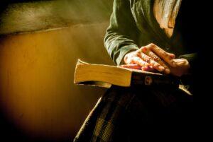 Sfântul Dumitru. Cea mai puternică rugăciune pe care trebuie să o spui astăzi! Are efect imediat și este făcătoare de minuni
