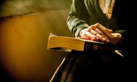 """Mesajul unui preot pentru credincioși: """"De căzut, cade omul și singur; dar..."""""""
