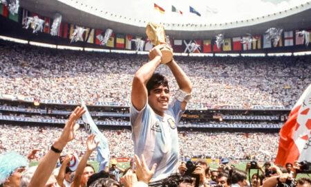Tribut impresionant adus lui Diego Maradona. Stadionul orașului va purta numele jucătorului argentinian