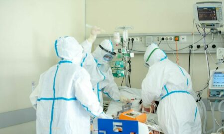 Noua tulpina a virusului SARS-CoV-2 se pare că a ajuns în România