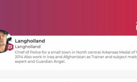 Șeful poliției din Arkansas demisionează după ce ar fi instigat la violența împotriva democraților