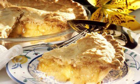 Cea mai delicioasă plăcintă cu mere de post: Iată care e ingredientul secret al marilor cofetari