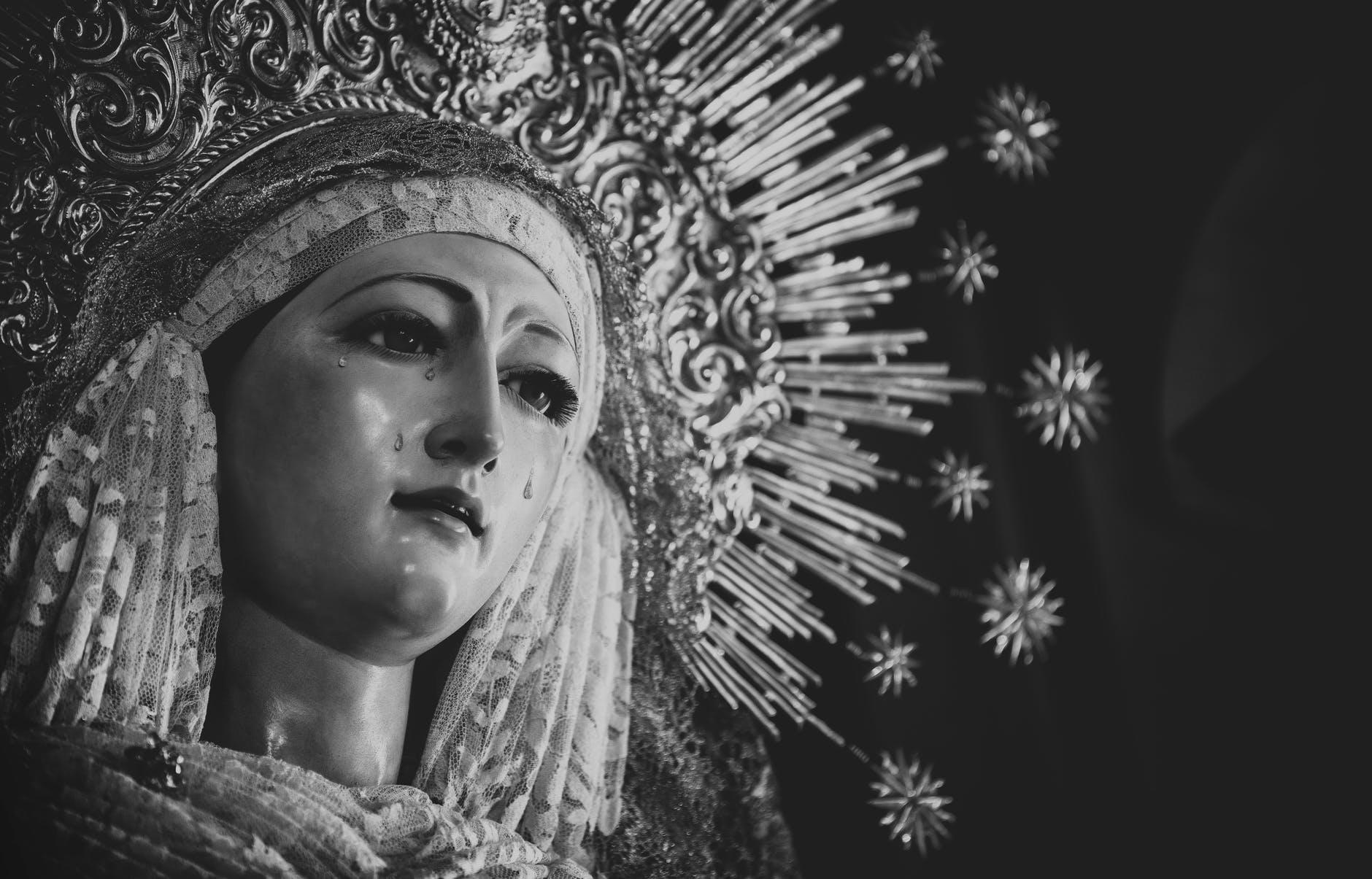 Primul semn al Apocalipsei. Profeția Fecioarei Maria de la Fatima îngrozește: Va zgudui Pământul vreme de 8 ore!