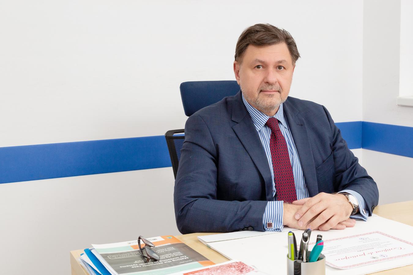 Alexandru Rafila, previziune neagră: Vom avea un număr semnificativ mai mare de cazuri COVID și decese