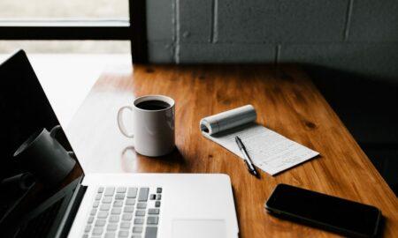 Munca de acasă a crescut productivitatea angajaților. Raportul HR Barometru realizat de PwC România