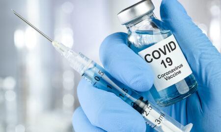 """Ce persoane nu se pot vaccina anti-COVID-19. Un medic a spus clar: """"O contraindicație pentru vaccinare..."""""""