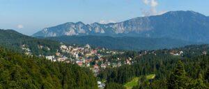 Turismul din România, afectat puternic de pandemie. Sinaia și Azuga intră în scenariul roșu