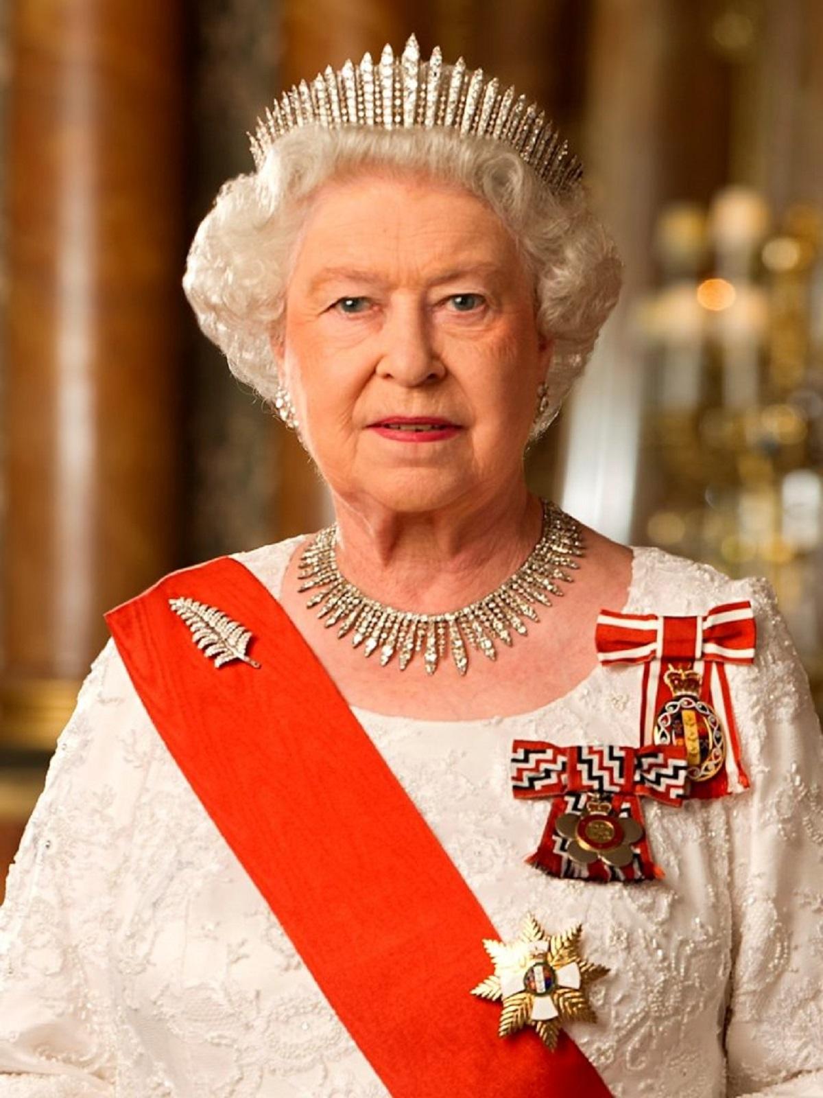 Regina Elisabeta trece prin momente grele! Renunță la tron după aproape 70 de ani