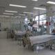 Strategie anti-COVID propusă de medici. Doar așa s-ar putea evita numărul copleşitor al bolnavilor