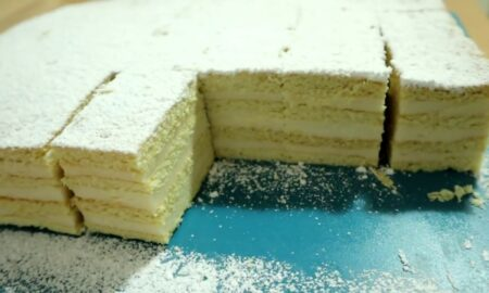 Alba ca Zăpada. Prăjitura tradițională la români