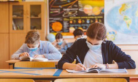Eroare masivă la redeschiderea școlilor. Specialist: Toată lumea să se mobilizeze să faca rost de spaţii