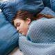 """De ce nu poți să dormi?! Medicul ortoped răspunde la această întrebare """"Este o poziţie total greşită şi poate provoca multe probleme"""""""