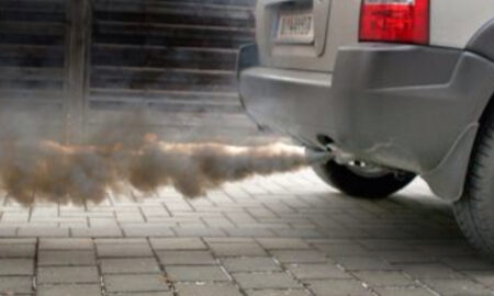 """Revine taxa de poluare pentru mașini. """"E o decizie grea, dar care trebuie luată"""""""