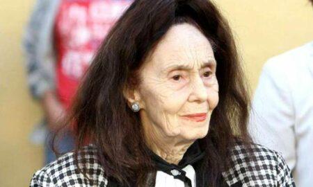 Fiica Adrianei Iliescu, pregătită de înmormântare. Sicriul mamei sale a ajuns acasă!