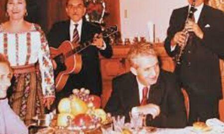 Cum petreceau Nicolae și Elena Ceaușescu Revelionul! Ce ținute sofisticate purtau cei doi soți