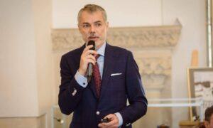 """Dr. Mihai Craiu solicită redeschiderea școlilor: """"A crescut numărul copiilor cu probleme emoționale"""""""