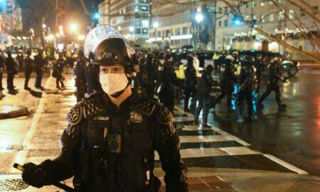 """Iese lumea în stradă! Proteste de amploare în Grecia. """"Campusurile au devenit focare..."""""""