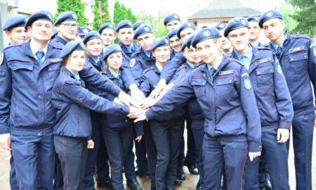 Au început înscrierile la școlile militare. Când se pot depune dosarele