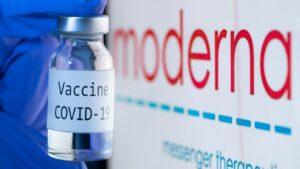Care sunt reacțiile adverse ale vaccinului Moderna. Cine nu are voie să-l facă. S-a aflat acum!