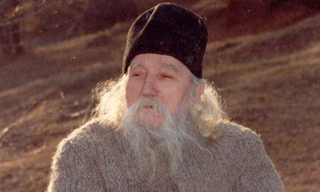 Părintele Cleopa: De trei ori fericit este creştinul care mulţumeşte lui Dumnezeu în toată vremea pentru binefacerile Lui
