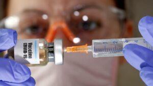 Platforma de vaccinare este blocată.  Programul este dat peste cap. Sute de români sunt afectați