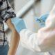 Campania de vaccinare se extinde. Noi categorii de angajați în etapa a doua de IMUNIZARE