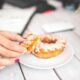 """Adevărul despre zahăr. Nutriționist: Nu ne face viața mai dulce, ci doar ne """"ruginește"""" mai repede"""""""