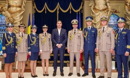 """Este oficial! Uniforme noi pentru Armata Română. """"M-am inspirat din uniforma italiană"""""""