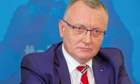 Sorin Cîmpeanu: Oricât de dureros ar fi procesul de învățământ va continua online