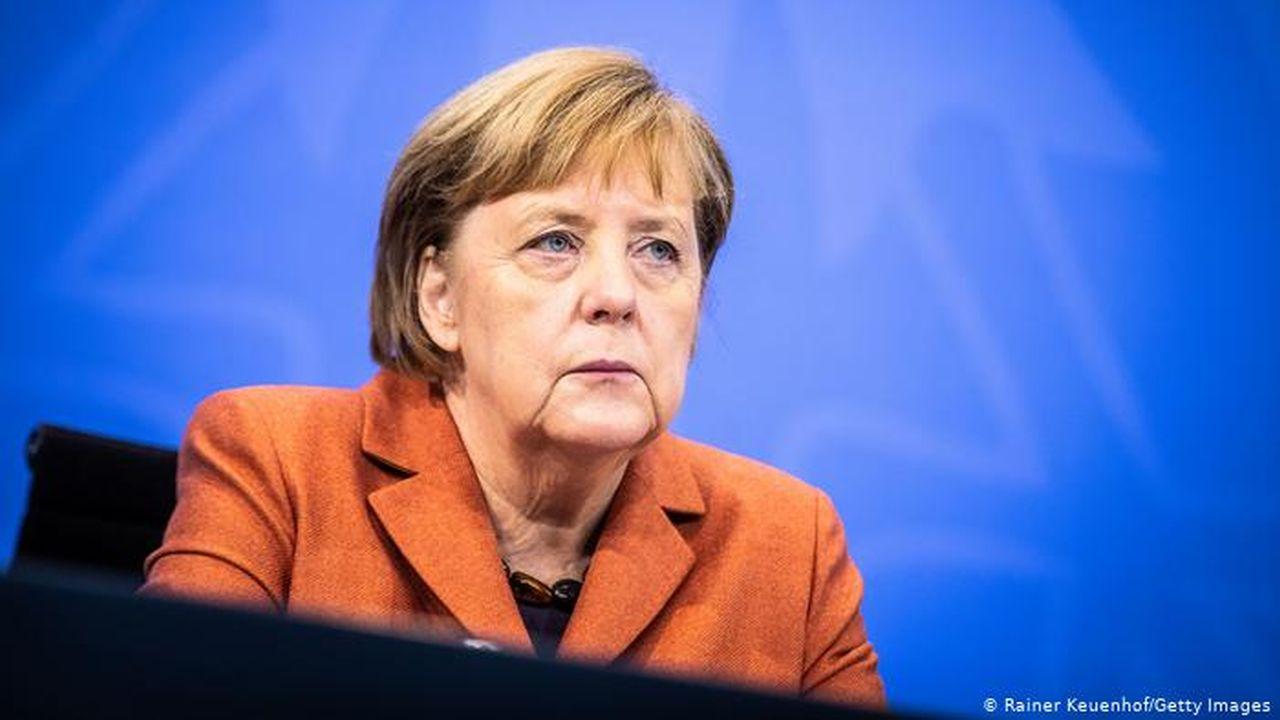 """Cum decurge procesul împotriva lui Merkel? Presa germană: """"A invitat la cină pe magistrații care trebuie să o judece"""""""