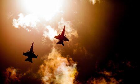 Cine a trimis avioane ROYAL Air Force în România