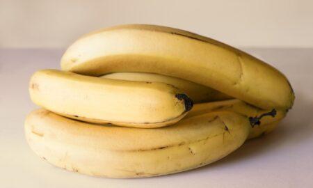 Ce se întâmplă dacă mănânci o banană înainte de culcare!