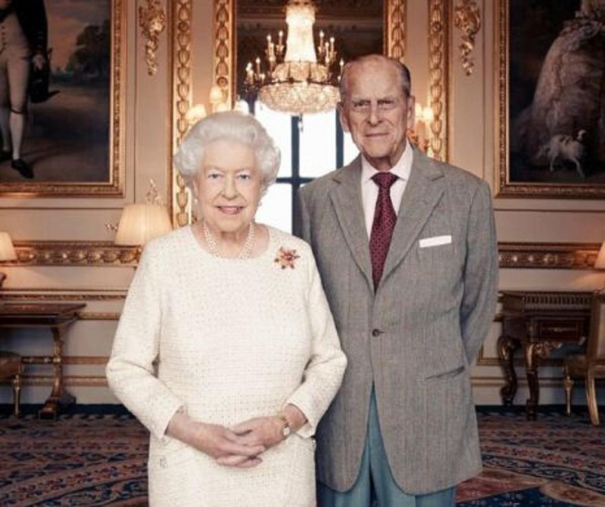 Tabloul în care Regina Elisabeta a II-a va rămâne scris în istorie. Fotografia a impresionat o lume întreagă