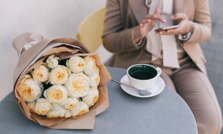 Florile ideale de Sf. Valentin! Mare atenție la semnificația culorilor. Evită cu orice preț această greșeală!