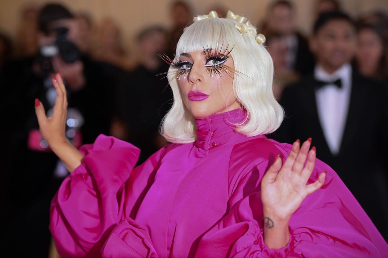 Știrea despre câinii lui Gaga, furați într-un jaf armat, a uimit lume. Ce s-a întâmplat cu ei?