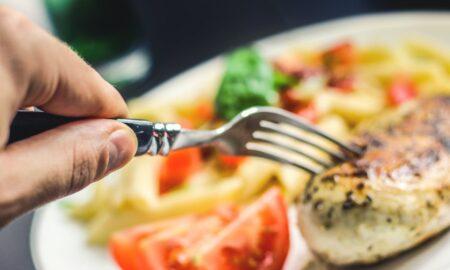 Ce se întâmplă în corpul tău dacă menții o pauză de 5 ore între mese! Intestinul acționează ca un maniac al curățeniei
