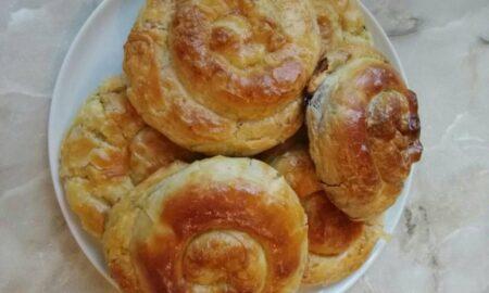 Rețetă tradițională de plăcintă cu varză. Foarte puțini bucătari o mai știu