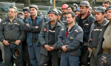 """Protestul de la Lupeni. Minerii amenință cu """"proteste grave"""" în Capitală"""