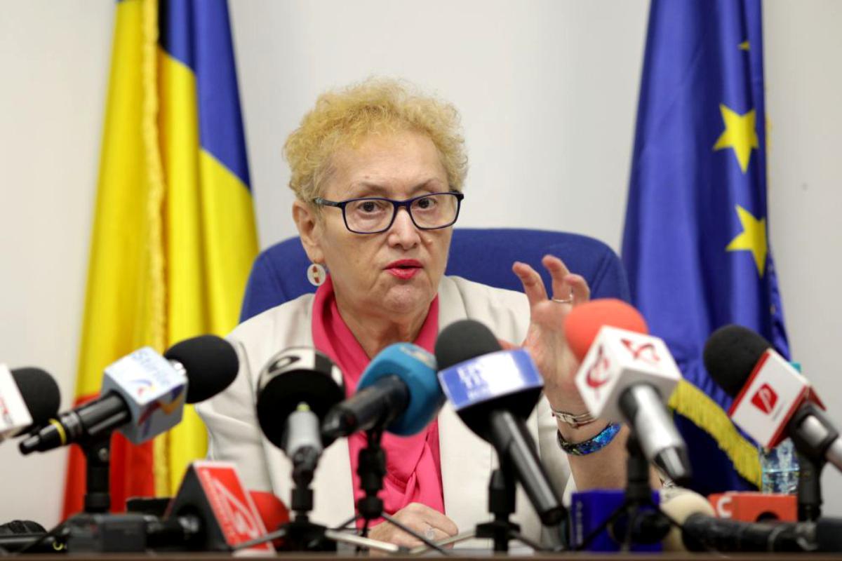 """Avocatul Poporului, Renate Weber despre pensiile speciale. """"Nu am găsit așa ceva"""""""